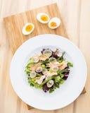 Salada salmon Seared Imagens de Stock