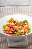 Salada saudável colorida fresca foto de stock royalty free