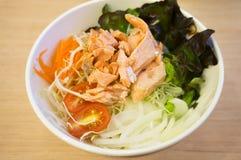 salada saudável dos salmões do alimento Foto de Stock