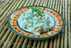 Salada turca com abobrinha e iogurte foto de stock royalty free