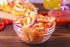 Salada vegetal, Pupuseria, pupusa - tortilhas da farinha de milho Fotografia de Stock