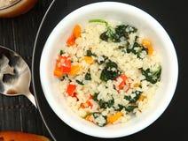 Salada vegetal quente de Paleo fotos de stock