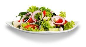Salada vegetal saboroso fresca na bacia no branco Imagem de Stock