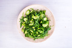 Salada verde com cebolas, ruccola, aipo, espinafre Fotos de Stock Royalty Free