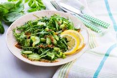 Salada verde com o sau das cebolas, do aipo, do ruccola, dos espinafres e da mostarda Fotos de Stock