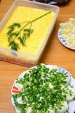 Saladas diferentes na tabela Fotografia de Stock Royalty Free