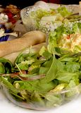 Saladas na tabela de bufete Fotografia de Stock Royalty Free