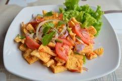 Salade épicée d'omelette Image stock