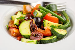Salade avec Caesar Dressing Image libre de droits