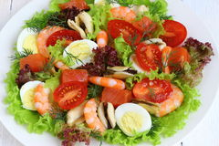 Salade avec des fruits de mer Photo stock