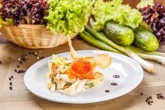 Salade avec des saumons Photographie stock