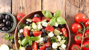 Salade avec du feta image libre de droits
