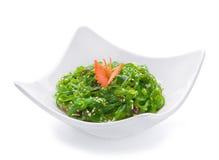 Salade avec l'herbe de mer verte Photo libre de droits