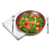Salade avec la fourchette et le couteau Image libre de droits