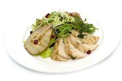 Salade avec la volaille et la poire Photo libre de droits