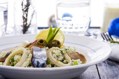 Salade avec le couscous photo libre de droits