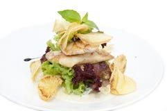 Salade avec le poulet Images stock