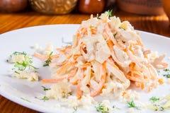 Salade avec le poulet Photo libre de droits