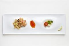 Salade avec les crevettes et le bambou Images stock