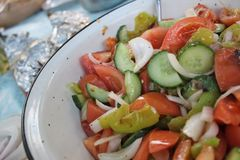 Salade bulgare traditionnelle image stock
