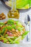 Salade ceasar faite maison fraîche Images stock