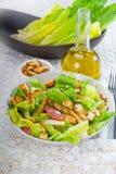 Salade ceasar faite maison fraîche Photos libres de droits