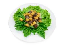 Salade délicieuse avec de la viande Photos stock