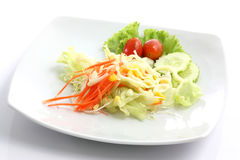 Salade d'isolement à l'arrière-plan blanc Photographie stock