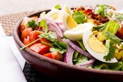 Salade d'oeufs et de tomate Photographie stock libre de droits