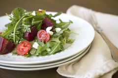 Salade de betterave d'Arugula Photos libres de droits