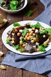 Salade de betteraves et de pois chiche Images libres de droits