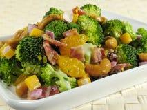 Salade de broccoli avec le lard Photographie stock libre de droits