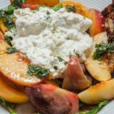 Salade de Burrata Photo libre de droits