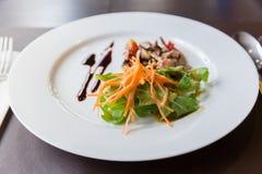 Salade de champignon d'Apitizer mélangée à du porc Photo stock