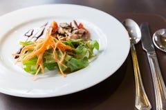 Salade de champignon d'Apitizer mélangée à du porc Photographie stock