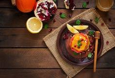 Salade de fruits avec le pamplemousse et l'orange Photographie stock