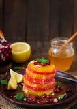 Salade de fruits avec le pamplemousse et l'orange Images stock