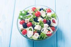 Salade de Grec de légumes frais image stock
