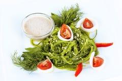 Salade de mandrin avec les tomates-cerises et le sésame photo stock