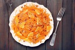 Salade de Noël des carottes avec l'orange Photos stock