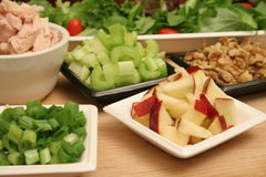 Salade de noix de thon de pommes Photo stock