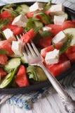 Salade de pastèque, de feta, d'arugula et de plan rapproché de concombres Vertic Photographie stock