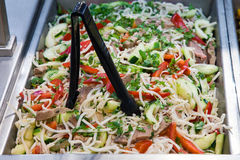 Salade de poivron rouge et de concombre Photo libre de droits