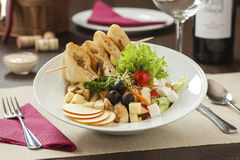 Salade de poulet fraîche Image stock