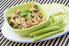 Salade de poulet hachée épicée de nourriture thaïlandaise Photos stock