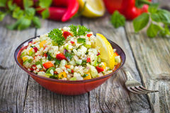 Salade de taboulé photos stock