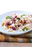 Salade de Vegan - craquement de datte de canneberge photo libre de droits