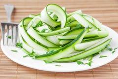 Salade des bandes et du persil de courgette Photographie stock