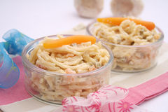 Salade des nouilles Photos libres de droits