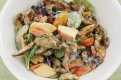 Salade in een omhoog Dichte Kom Royalty-vrije Stock Fotografie